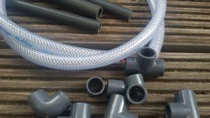 PVC-Rohre - Was Trinkwasser unter großem Druck transportieren kann, ist auch für unsere Zwecke gut